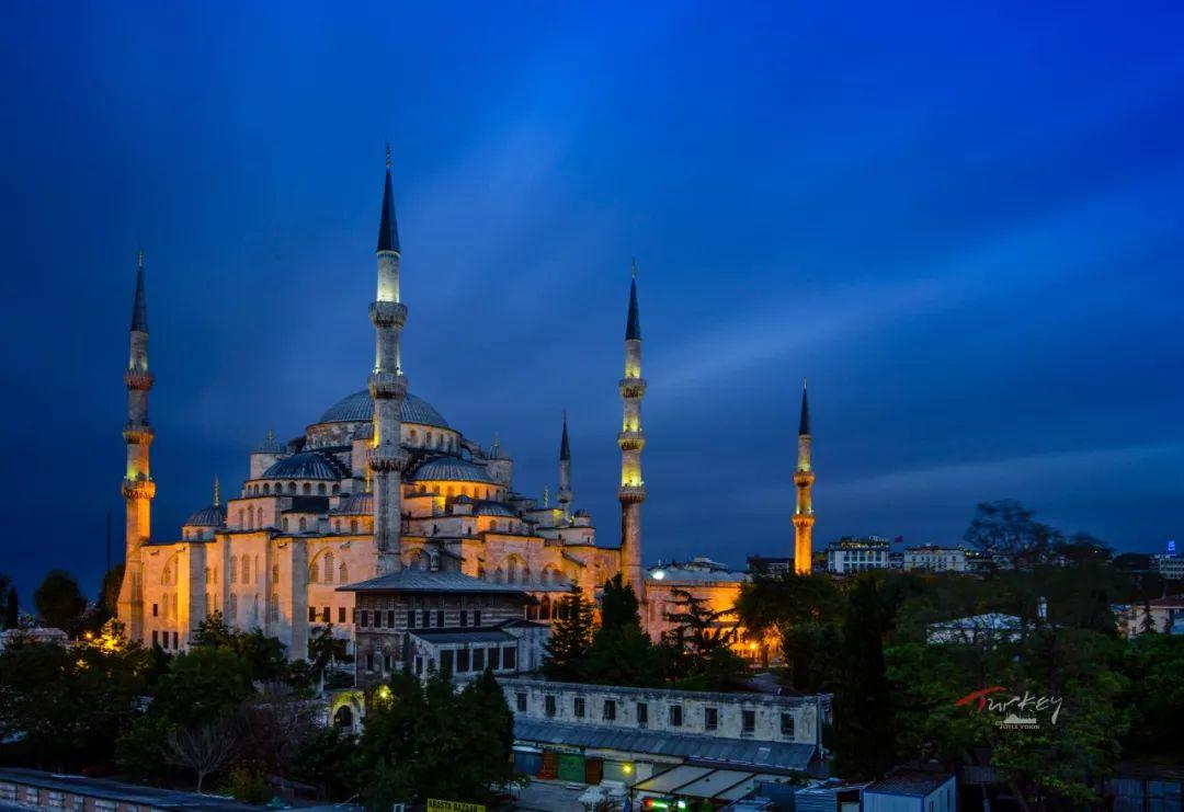 土耳其货币贬值!这个超高性价比的浪漫国家  有哪些必不可少的体验?