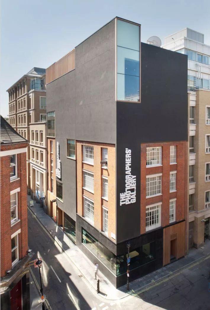 伦敦艺术青年养成指南:不仅有美术馆画廊 还有游戏厅!
