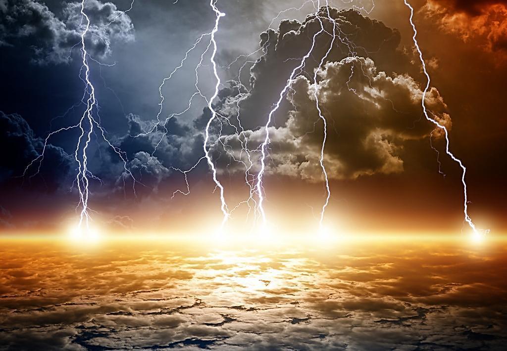 如果闪电掉入海里,究竟会电死多少鱼