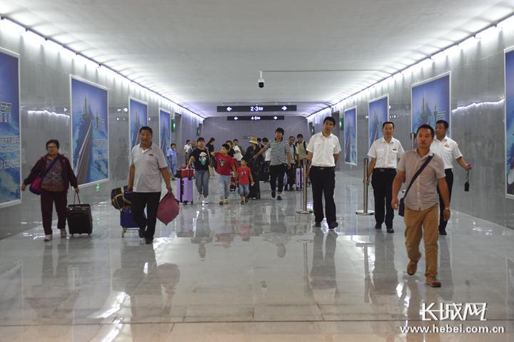 邯郸站新建旅客地道正式启用 可实现旅客进出站分流