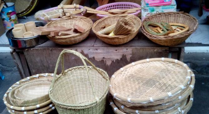 小小竹子带来大财富洪运泽依靠编织竹制品成功致富