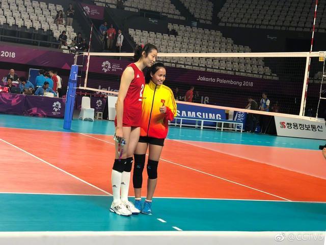 中国女排亚运会首秀竟遭遇空场尴尬,观众还没进场比赛就结束了!