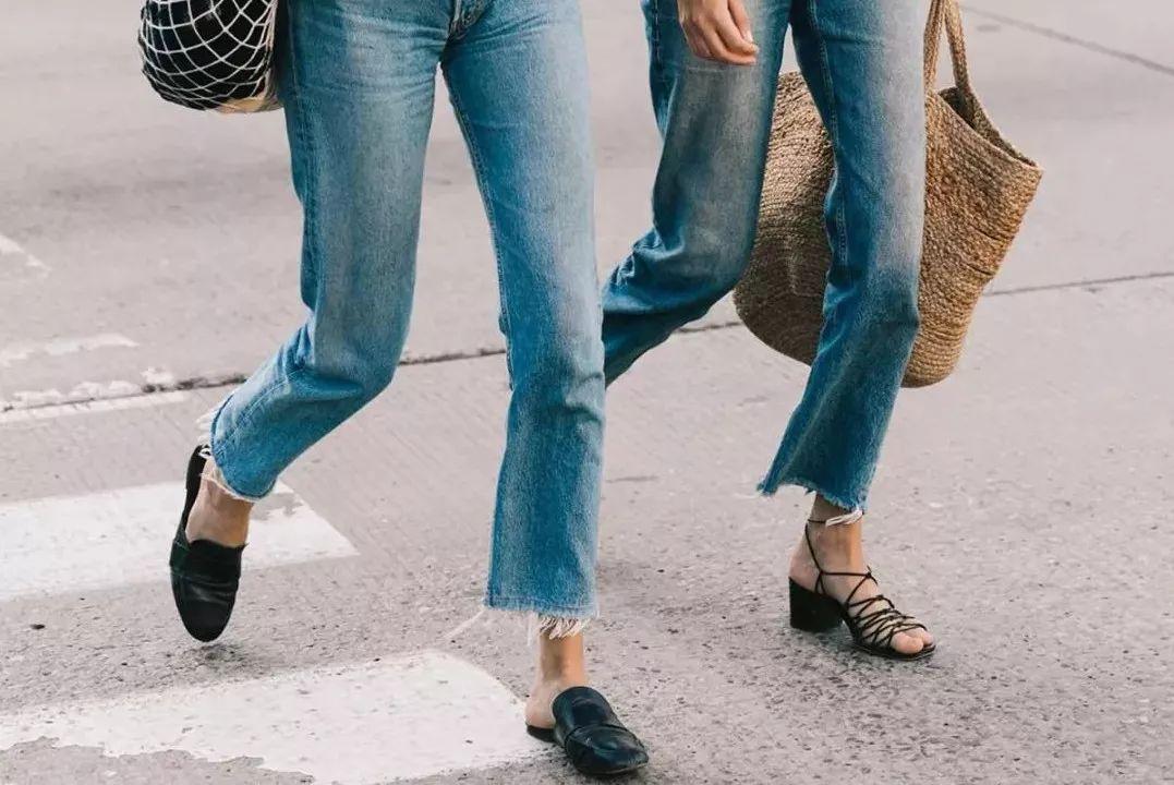 2018流行趋势,这条牛仔裤大火!图片