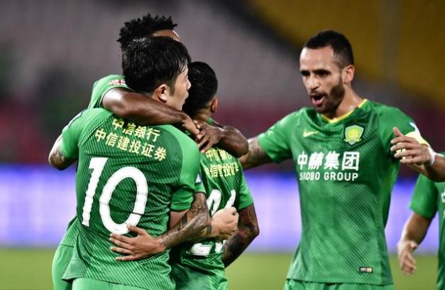足协杯:国安5球狂胜富力锁定决赛名额,他们要和鲁能双线争冠