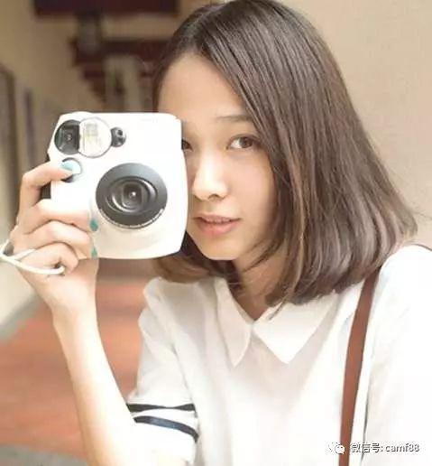 瓜子脸舌头适合的女生,很酷很抢眼!齐刘海闭眼睛吐名字小女孩发型图片