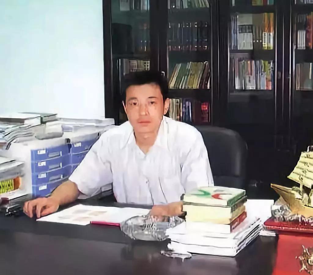 柳林首富陈鸿志的黑色帝国:控制官员 暴力侵占煤矿