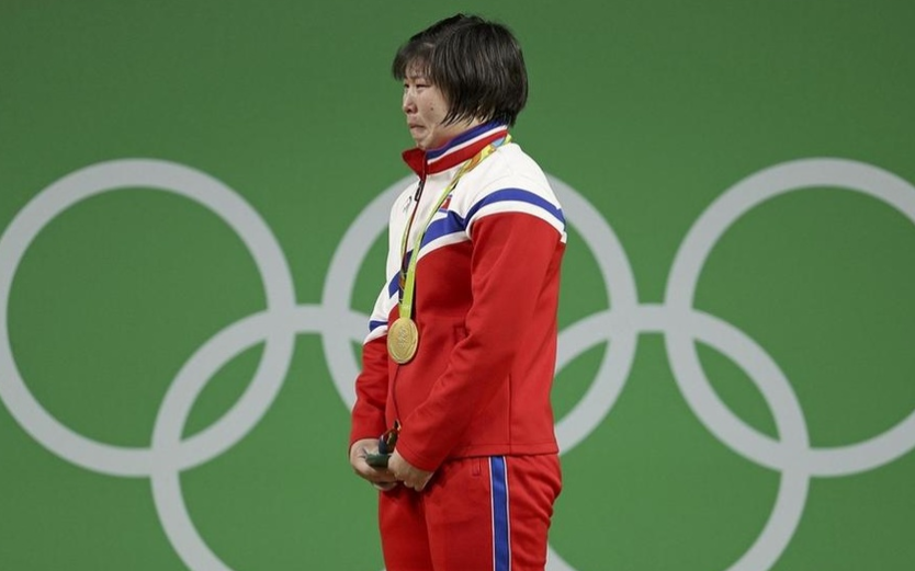 亚运赛场再见朝鲜冠军飙泪:因为我为祖国带来了荣誉