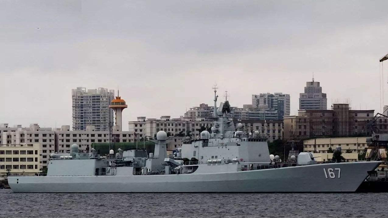 辽宁舰开始拆舰桥 小修改后战力将有大提升