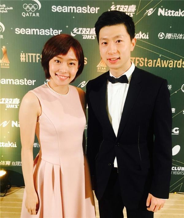 这日本姑娘懂事!石川佳纯战胜国乒夺冠,用中文感谢球迷