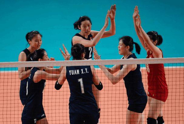 郎平怒了!中国女排被亚洲最弱队打停 15次失误太不应该