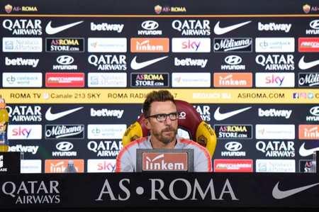 对罗马表现不满,迪弗朗西斯科爆捶替补席弄伤手臂