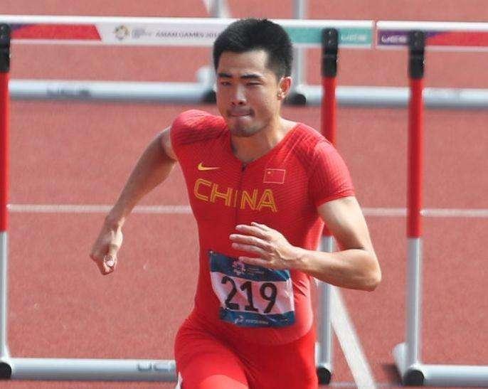 中国9连冠!亚运110米栏谢文骏卫冕成功 后程发力强势逆袭