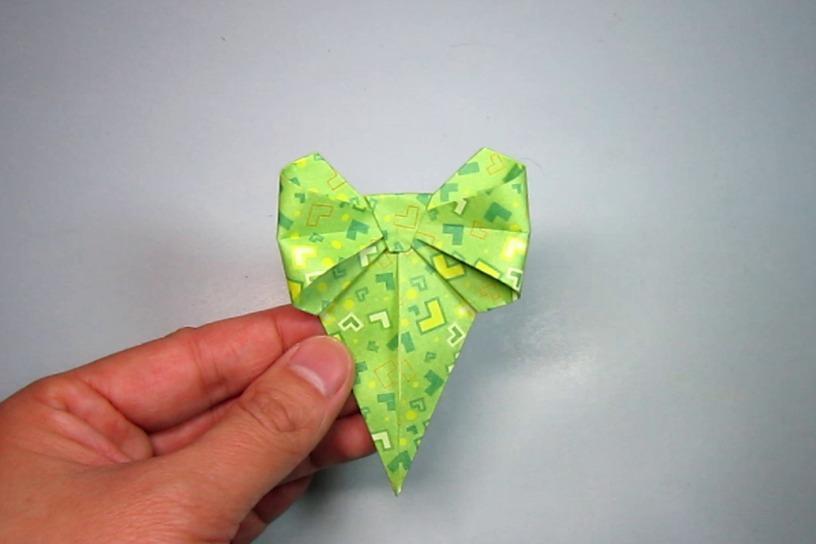 视频:diy创意手工折纸,漂亮蝴蝶结书签的简单折法