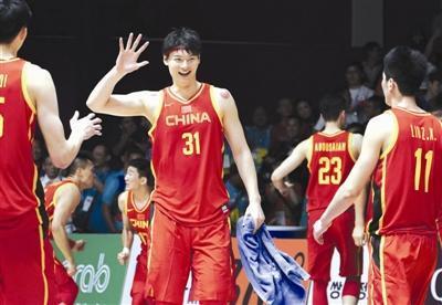 前瞻:男篮半决赛战中国台北 周琦大王成致胜强点