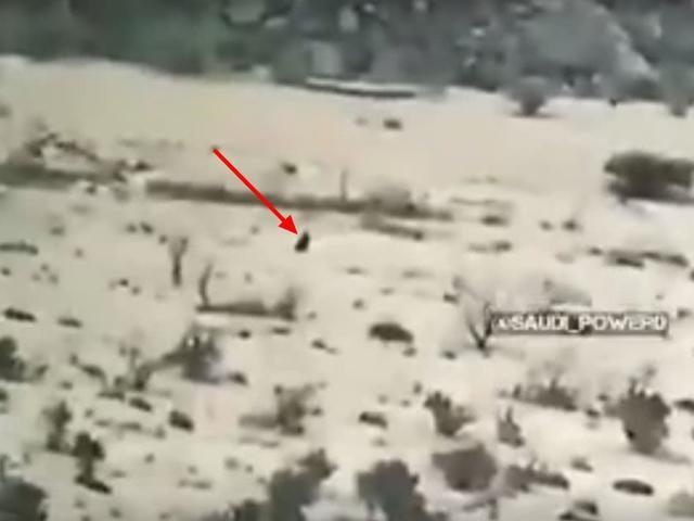 沙特军终于雄起了:用一发韩版红箭12打爆一辆摩托