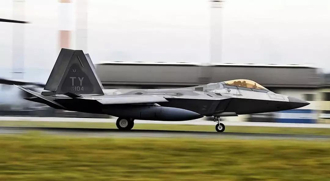 一张图暴露重要细节 歼20关键性能超越F22