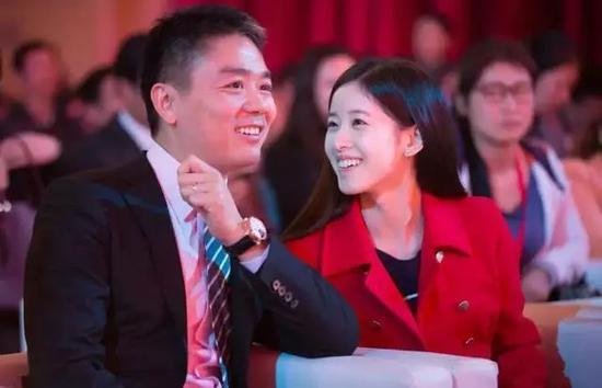 周立波声援刘强东说了什么 周立波为什么声援刘强东  娱乐八卦 图2