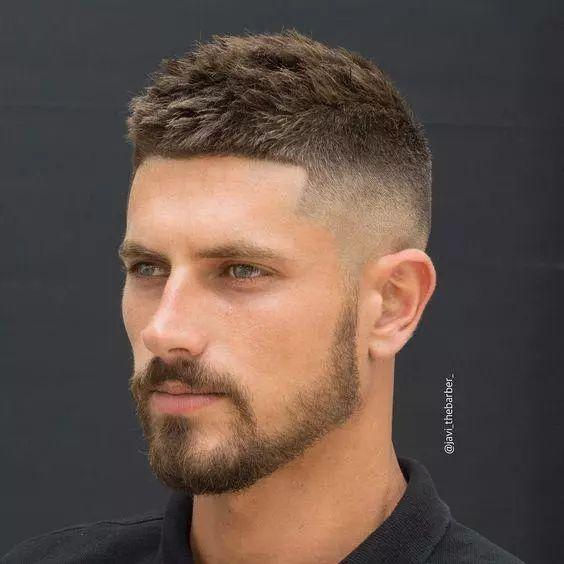 初秋了有什么好看的男生发型?图片
