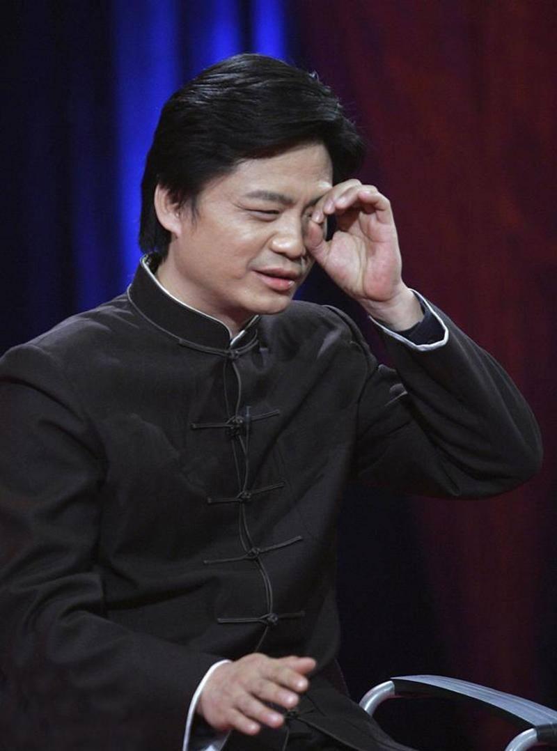 影视名人画展:崔永元一幅公鸡图配4个字,很多演员都不敢靠近