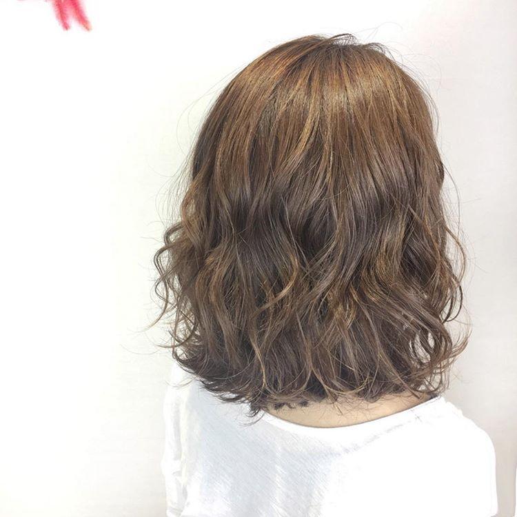 2018年女生最流行的短发型:这款发型是今年女