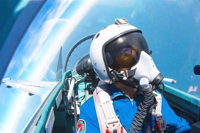 俄媒:中国将对苏-35进行混改 战力远超原版