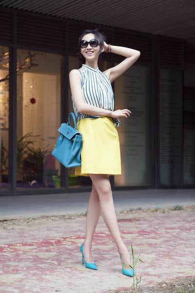 《延禧攻略》愉妃古装很美,现代装更美!