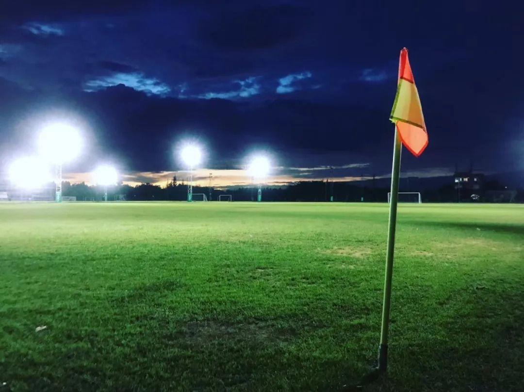 探秘海南足球青训:阳光下的海岛,厚积薄发的足球梦想