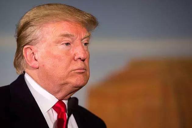 """被""""内鬼""""骂急了,特朗普怒斥《纽约时报》:把叛国者交出来!"""