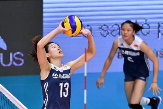 小组出局!中国女排2连败延续一态势,本赛季碰强队负多胜少
