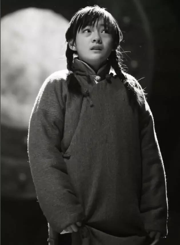 10岁因一场哭戏出道,14岁成金马年龄最小女配,如今跟王俊凯组CP