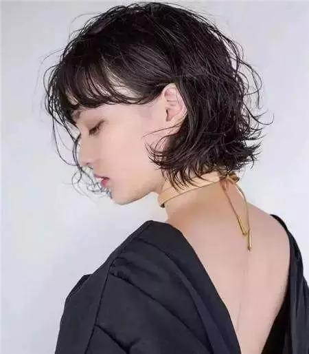 发质软的女生适合什么短发?这六款短发是发质软的女生图片