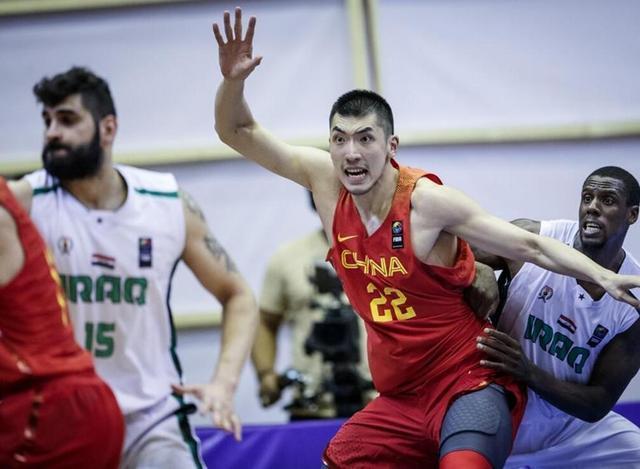 李根落选 中国男篮世预赛名单正式出炉 效率值最低之人再度入选!