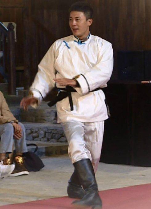 出道16年演了70部戏没大火,参加《我就是演员》因身体暴瘦登热搜