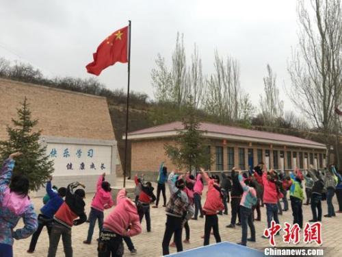 资料图:乡村小学。李文摄