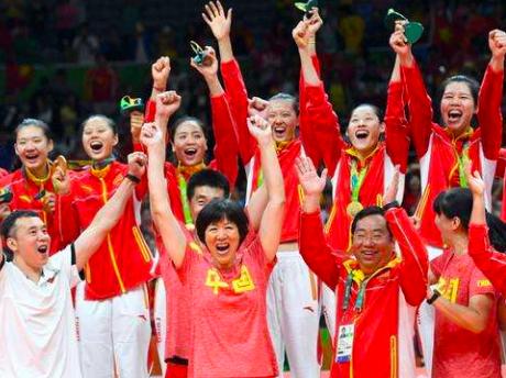 7奥运冠军携手祝福恩师郎平 朱婷袁心玥最让人感动
