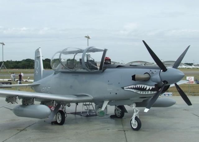 美军拟采购螺旋桨攻击机 作战效率比F-22还高?