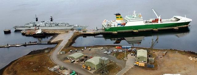 尴尬!英国运输舰去南海示威 结果陆军傻眼!