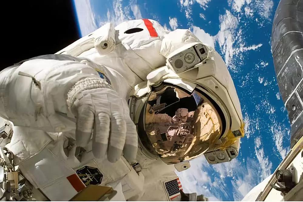 霍金热衷的火星旅行并不适合人类?因为你的身体根本承受不了