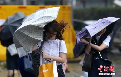 双台风来势汹汹逼近华南!