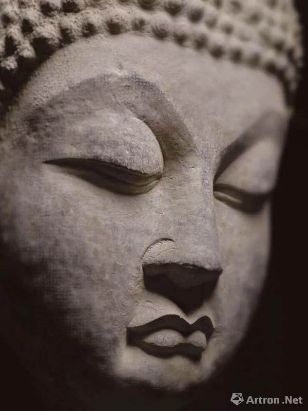 """估价最贵佛首撤拍_苏富比纽约""""琼肯:中国佛教造像""""斩获5153万元"""