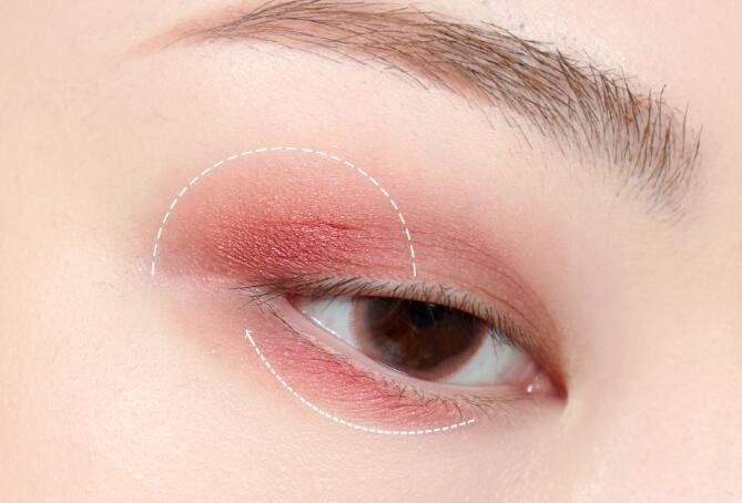 4款灵动眼妆教程图解,赶紧学习吧