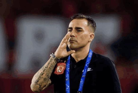 足协派争议洋哨吹恒大战国安 韩球迷都呼吁剥夺他资格