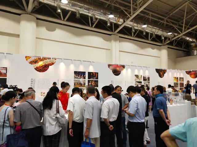 五粮液亮相非博会 展中国传统白酒酿技之风采