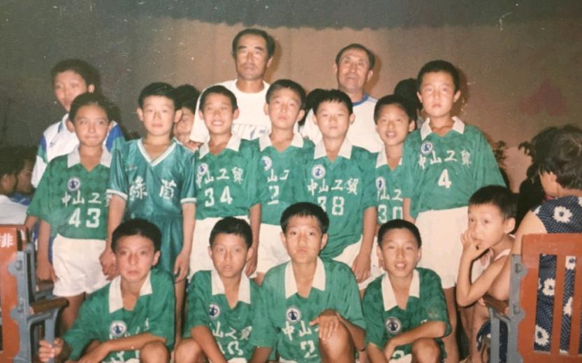 中国足球传奇人物倪继德去世 前国脚哀悼:恩师一路走好