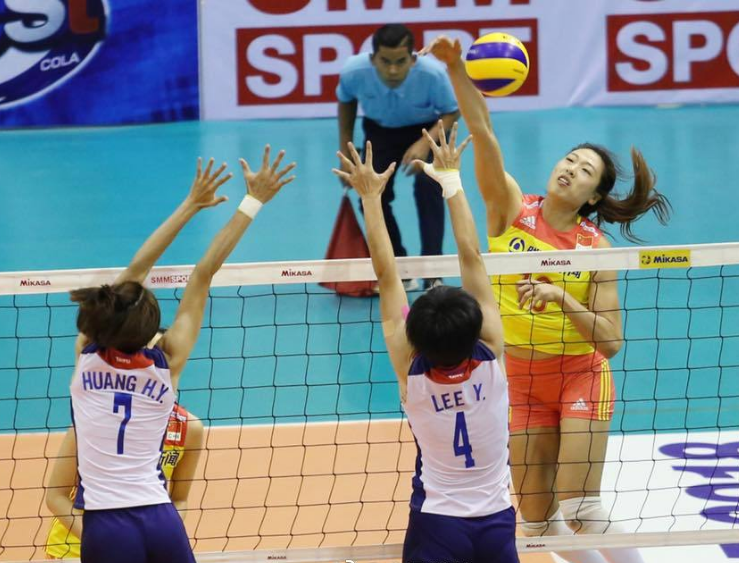 两连胜!中国女排锁定亚洲杯小组头名,她两战砍下37分