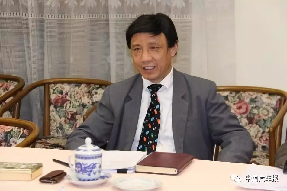 """讲述40年 ‖ 杜芳慈:承办中国加入""""1998日内瓦协议书"""",我很荣"""
