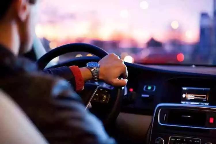 """""""開車30年,開越久越害怕。""""老司機都有的這種感覺,你有嗎?"""
