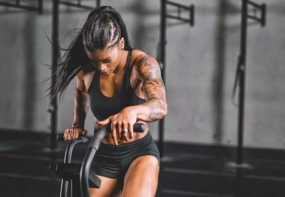 肌肉注意变成大全女,v肌肉中害怕这2点,让你远a肌肉头像女生qq女生图片