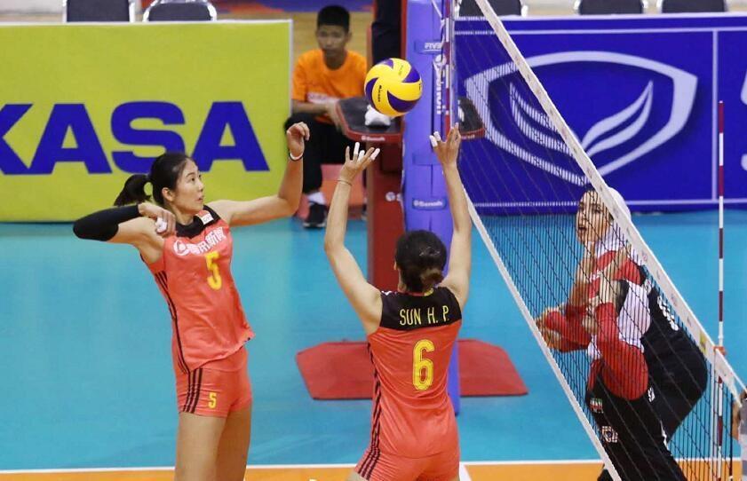 决赛提前上演!中国女排战头号劲敌,两队都是争冠热门