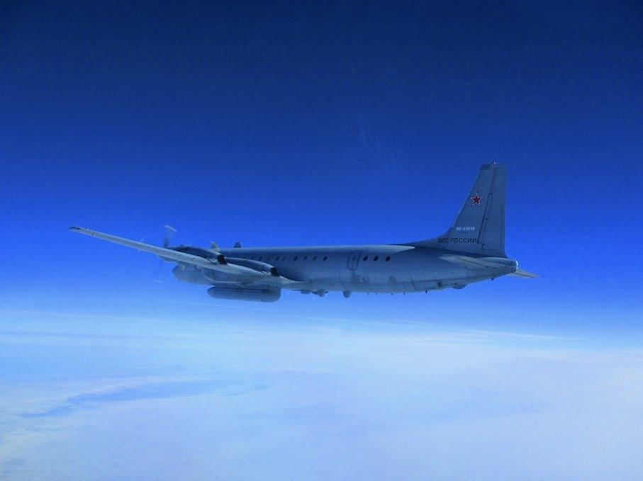 俄国防部:以军F16用伊尔20做掩护 致其被击落